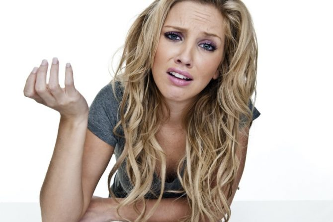 Simptome koji ne treba da ignorišemo: Evo na koja oboljenja ukazuje opadanje kose