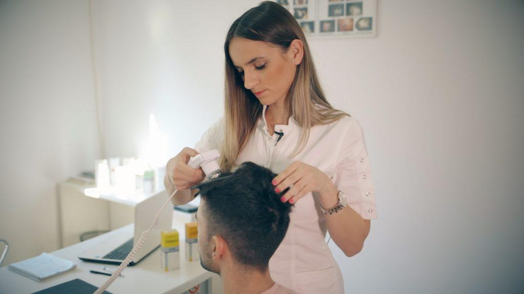 Triholog - doktor specijalista za kosu