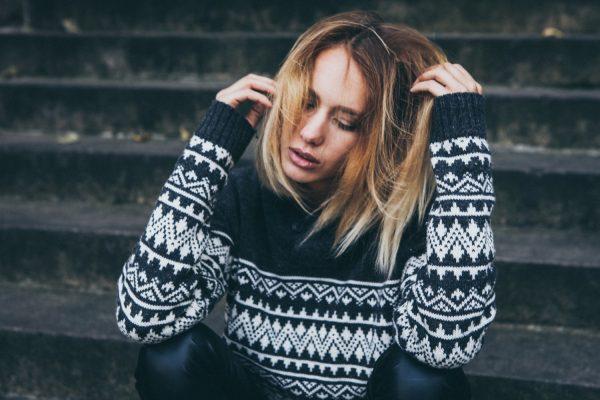 Tiroidna žlezda i opadanje kose: Šta treba da znate